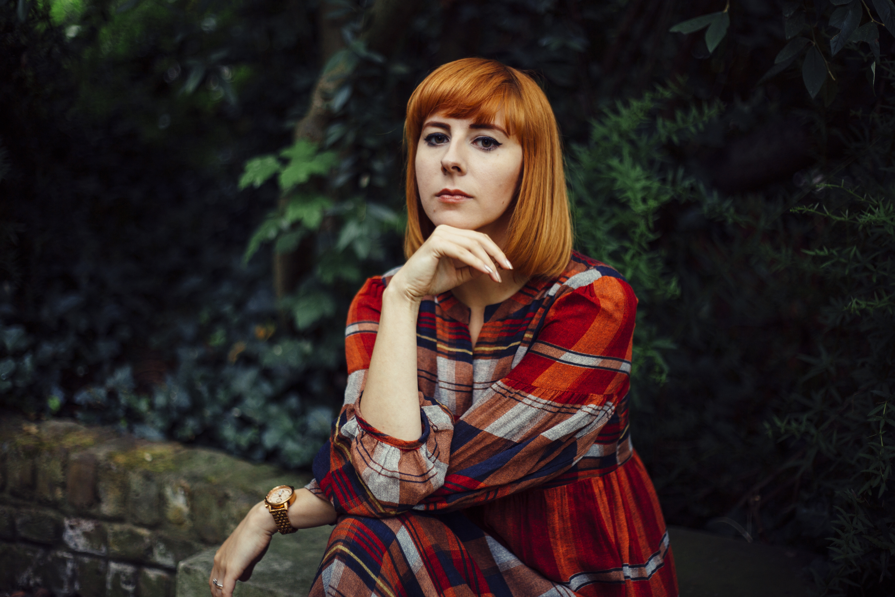 autumn kat terek riennahera leaves elves rust gold redhead photography london